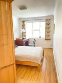 Double bedrooms x 2 available in GU47FH