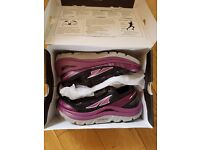 'Altra Paradigm 2' women's running shoes, size 6 UK, ultra cushioned, worn once, boxed with receipt