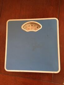 Weight Scale ( Stones & Kgs)