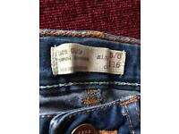 Girls Zara jeans age 5/6. Can deliver