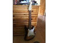Electric guitar ( Like new )