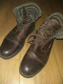 Levis boots UK 10