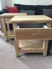 Bedside tables ~ immaculate pair. £90 ono