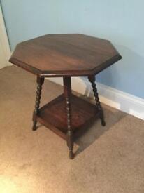 Solid Oak Antique Bobbin Table Height 23.5in/59cm Width 21in/53cm Depth 21in/53cm