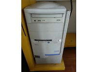 IBM Aptiva Desktop PC - Windows XP - 76 Gb HD - Intel Pentium II- 400 Mhz 512 Mb RAM