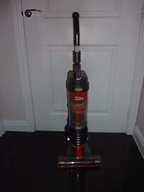vax air base mains vacuum cleaner model no U91-MA-B in very good condition
