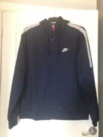 Men's nike zip up hoodie like new size xl