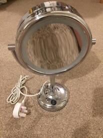Boots No.7 Illuminated double sided make up mirror