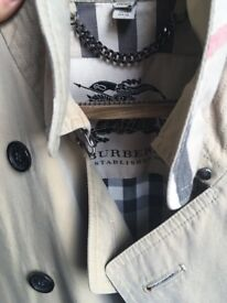 Burberry Trench Coat Womens Size 10 UK Kensington Short Heritage Trench Coat