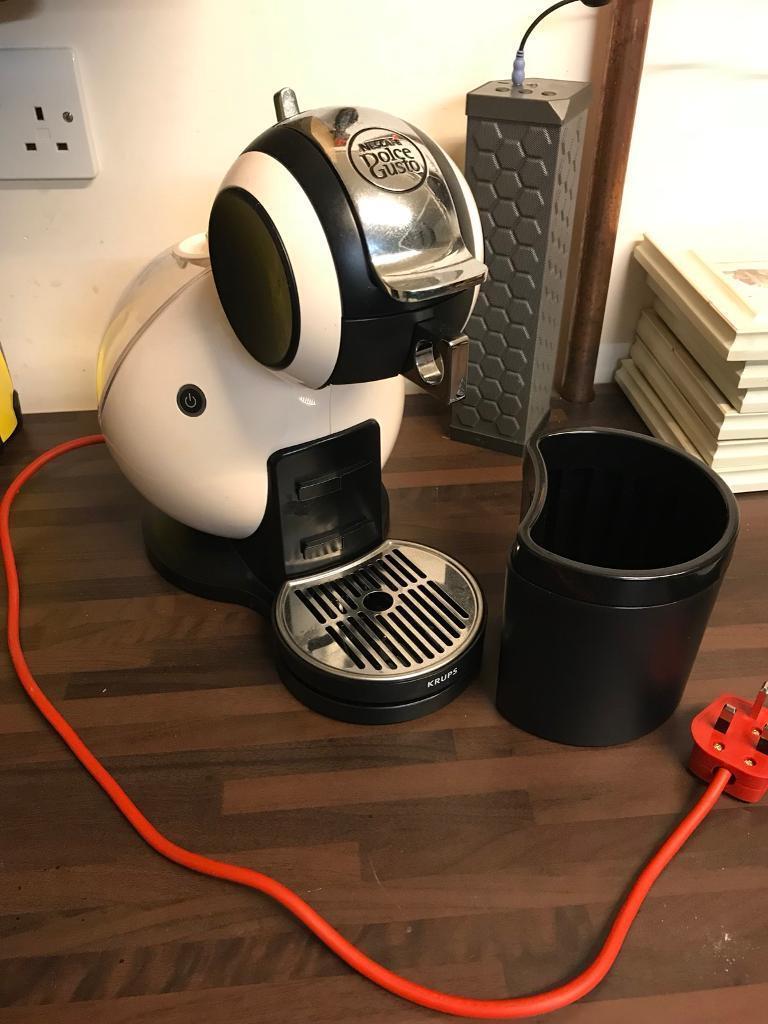 Nescafé Dolche Gusto Krups Coffee Machine