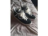 Nike blazers size 4