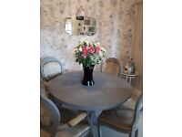Shabby chic dining table and 4 chairs in grey. Seats 4 or 6 when extended.