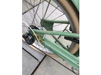 LADIES BICYCLE / BIKE - RETRO STYLE - SCHWINN HOOLYWOOD CRUISER EXCELLENT CONDITION