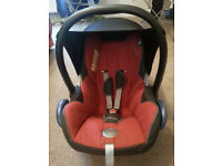 Maxi Cosi Car seat and foot muff