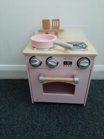 Wooden pink oven