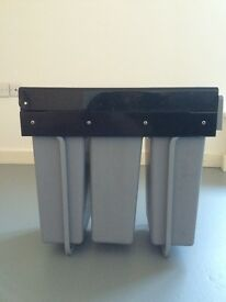 Pull-Out Recycling Waste Bin