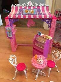 Barbie Malibu cafe