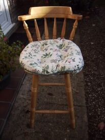 Pine kitchen stools with cushions in good condition
