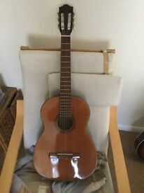 Spanish/Classical guitar solid top