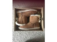Ladies brand new ugg boots