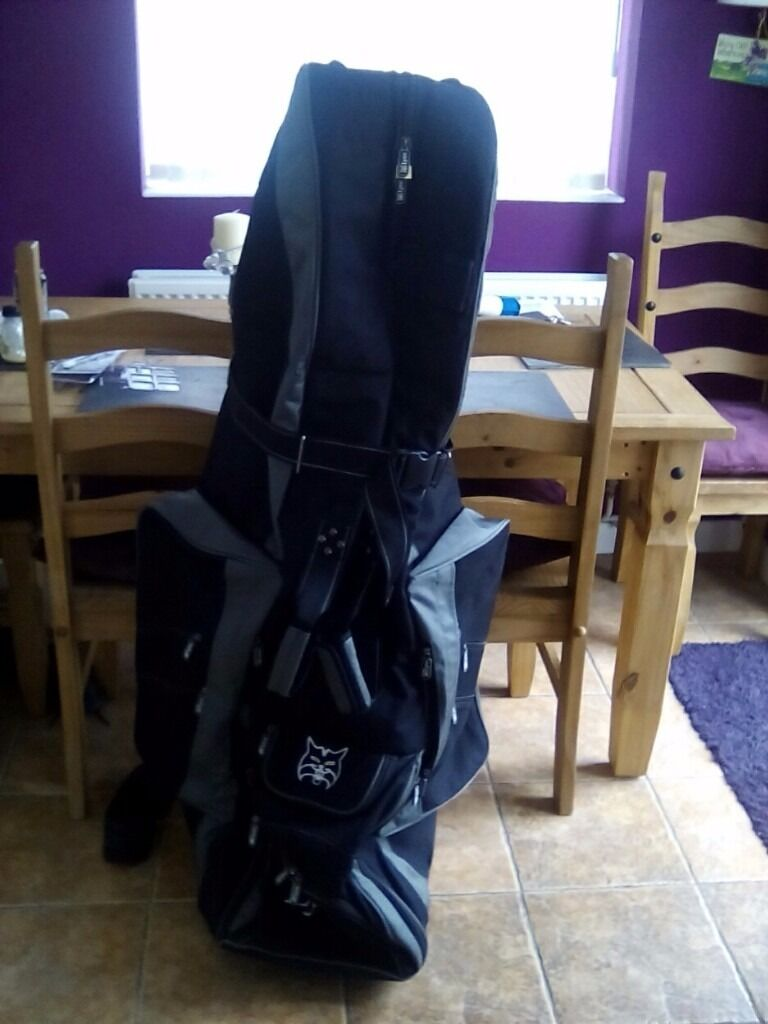 8f7af7d0619 Lynx golf travel bag excellent condition with wheels