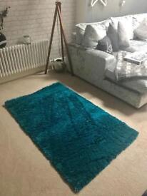 Rug Turquoise Size 90cm x 150cm