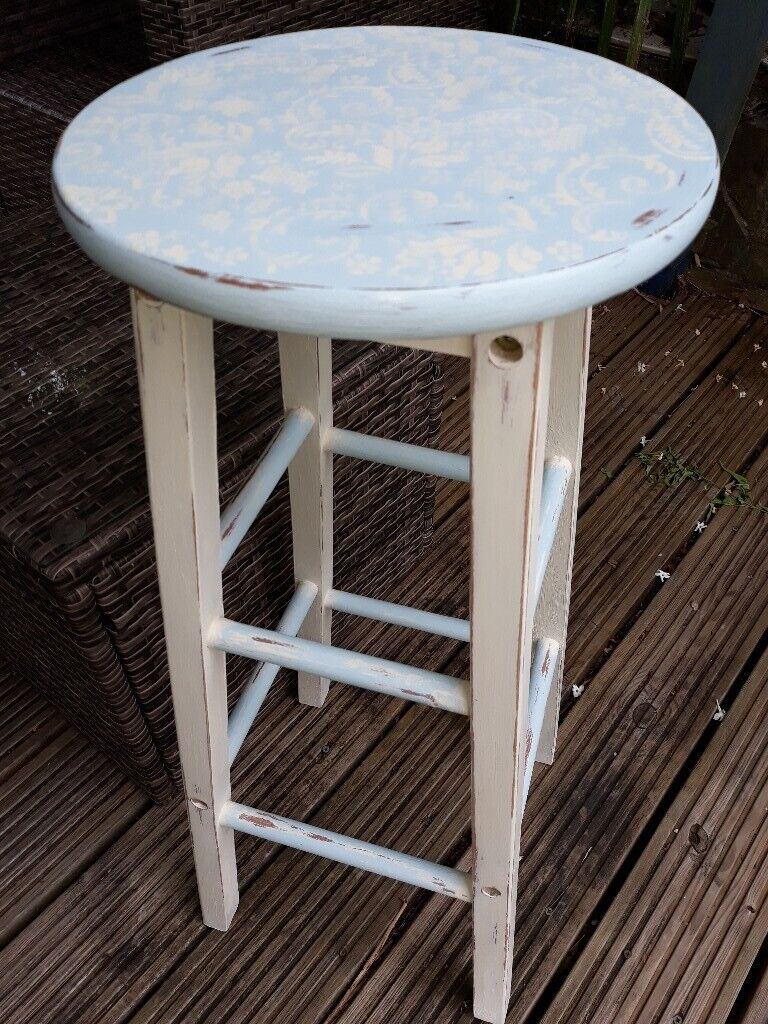 big sale 94269 4e5e4 Kitchen bar stool, blue & cream, shabby chic, stencilled seat | in  Whitchurch, Cardiff | Gumtree