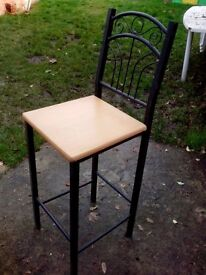 KITCHEN STOOL/HIGH CHAIR