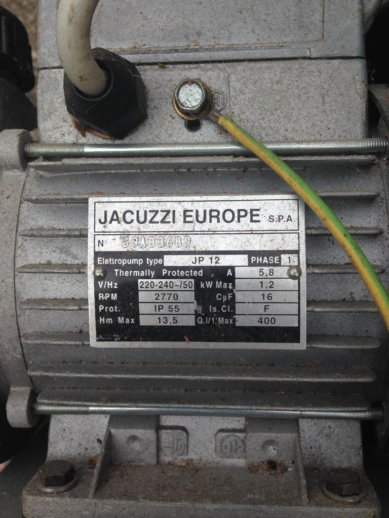 Jacuzzi hot tub pump and heater