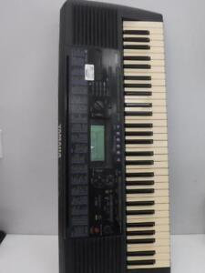 Yamaha Electric Keyboard. We sell used musical instruments. 116536. Je615403.