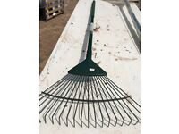 Garden rake - Spear and Jackson steel prong 15 yaer warranty (used only once).