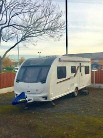 FOR SALE SWIFT CHALLENGER 590 SINGLE AXLE 2016 MODEL 6 BERTH FIXED