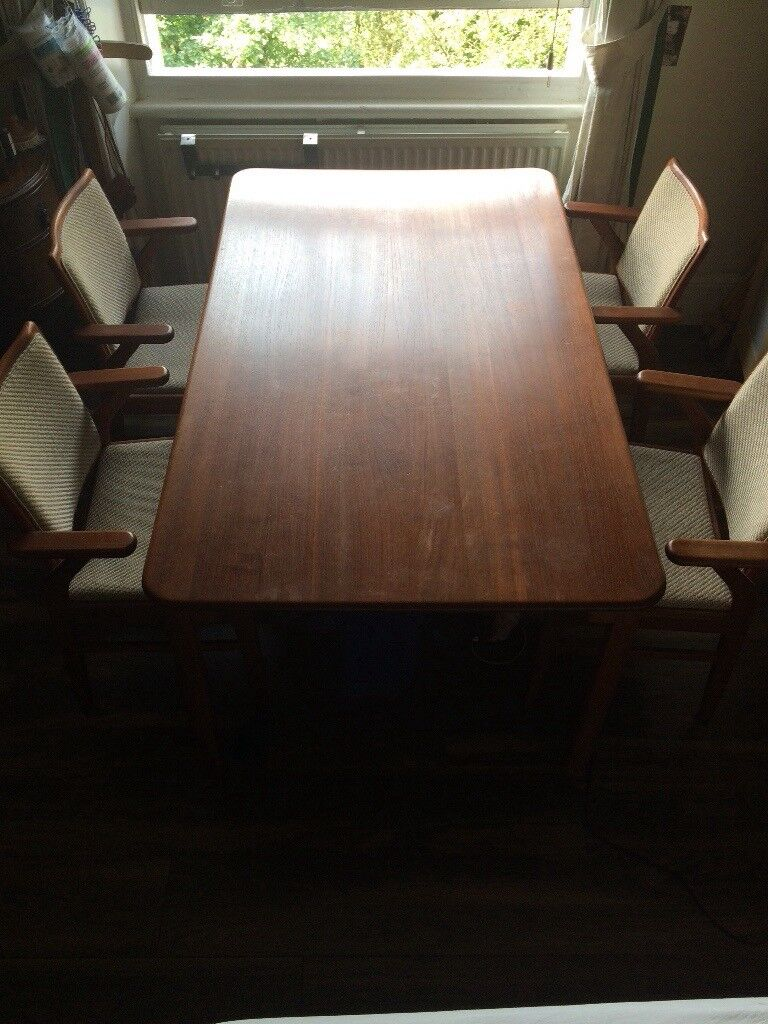 Original Japanese table with 4 chairs!