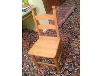 Solid pine dining room chairs, set of 6, Cushions not included