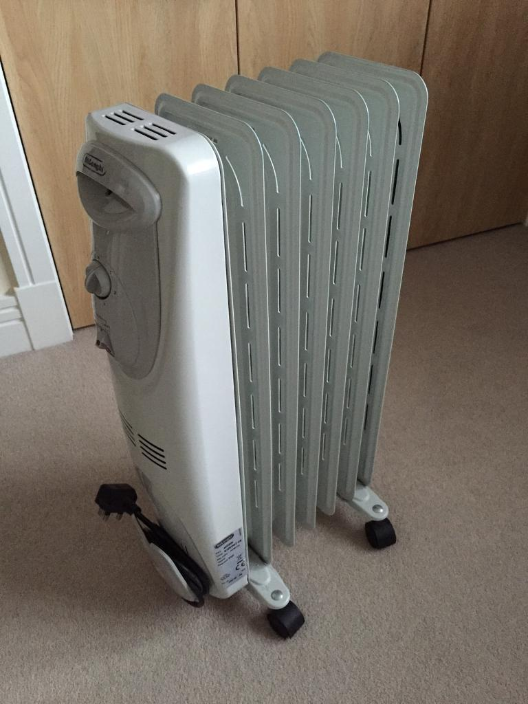 Delonghi Oil Filled Heater - 1500w - Excellent Condition