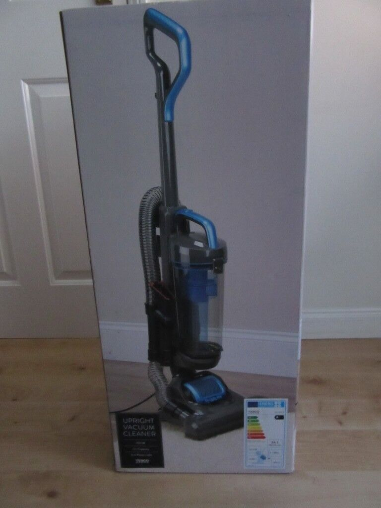 TESCO UPRIGHT VACUUM CLEANER VCUP17- BRAND NEW IN BOX   in Guildford,  Surrey   Gumtree