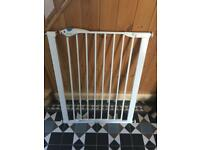 Lindam Baby Safety Stair Gate