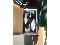 GOLF SHOES BRAND NEW £10