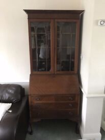 VINTAGE MID CENTURY WRITING BUREAU IN VERY GOOD USED CONDITION FREE LOCAL DELIVERY 07486933766