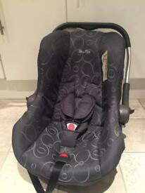 SILVER CROSS Car Seat - suitable up to 15 months approx - GREAT Condition!