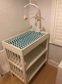 IKEA Gulliver baby change table