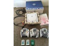 Sega dream cast 3 controllers 3 VMUS 3 Games £45
