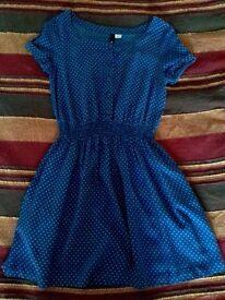 Womens dresses size 6/8 vintage style