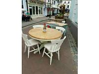 Pine round extending table