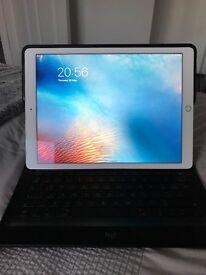 iPad Pro white