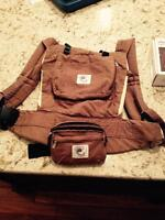 Ergo baby carrier and 4 accessories