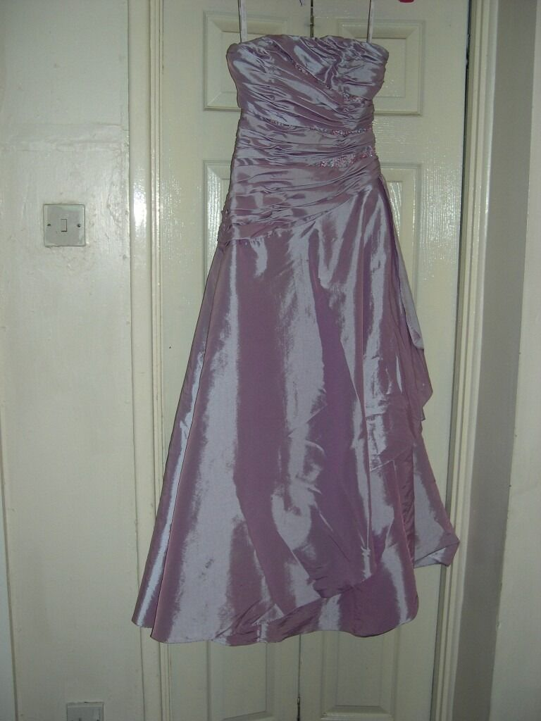 Size 6 Lilac Prom Dressin NewportGumtree - This dress is a good few years old now but still in very good condition. The dress is a Alfred Angelo dress and size 6. The dress is fully lined and looks stunning on. The dress did have straps but they got lost and the last time my daughter wore it...