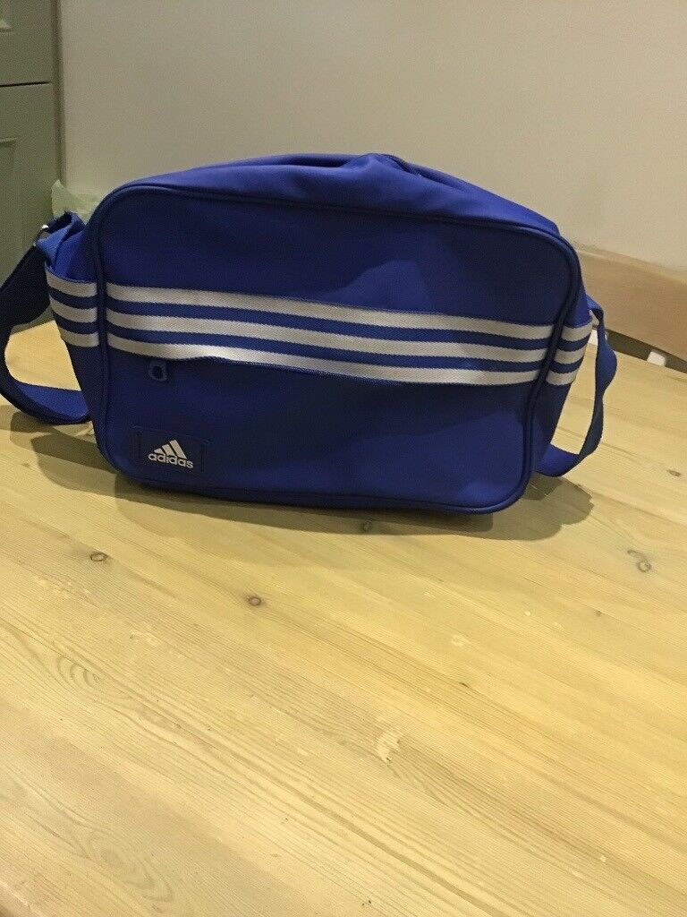 16bbcc6bf4 Blue Adidas bag