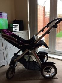 LEICESTER/Oyster Max Pandem pushchair