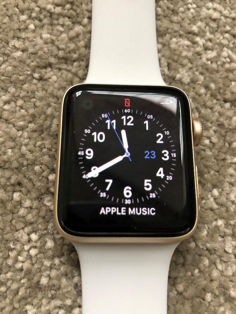 Apple Watch Series 2 42mm Gold Aluminium Excellent Condition